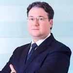 Lorenzo Piccinini — Senior Associate